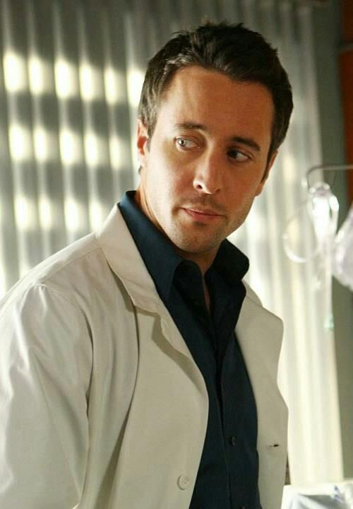 Alex O'Loughlin Three Rivers suspicious even then