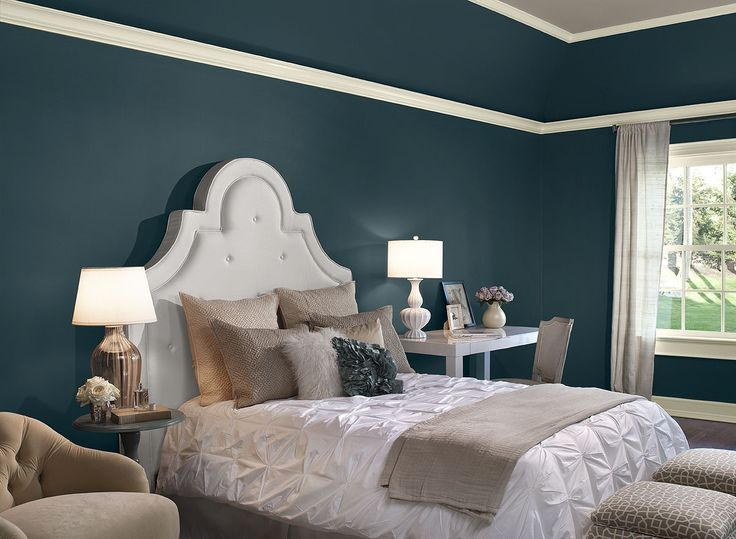 sophisticated bedroom hideaway wall color river blue ceiling color creekbed trim - Bold Bedroom Colors