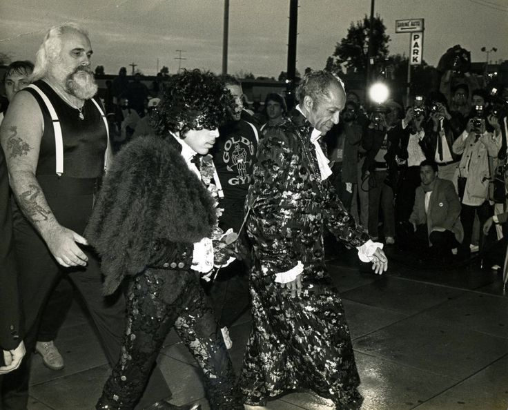 PRN on his way to the American Music awards with dad John L. Nelson and Big Chick. Photo- Brad Elterman