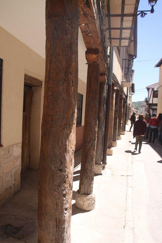 Calle porticada de Fuentidueña, Segovia