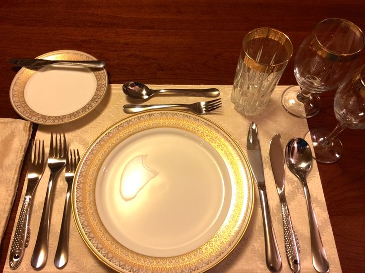 """This is a 5-course INFORMAL setting. The number of courses don't distinguish between """"formal"""" and """"informal."""" Some distinguishing details of the FORMAL dinner are: 1) A man will wear evening attire (tuxedo) to a formal dinner.  2) Glasses of demitasse, brandy and liqueurs accompany the food. 3) Seating arrangement protocols are observed. Good manners are always the right thing to bring to a dining experience--from the least informal to the most formal."""
