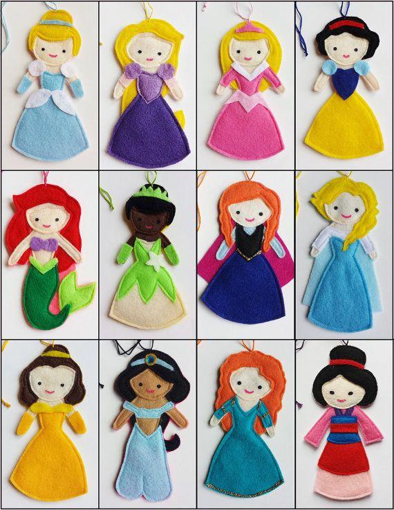 Il sagit dune liste personnalisée réservée pour Alison K pour Disney Princess 12 marionnettes à doigt.