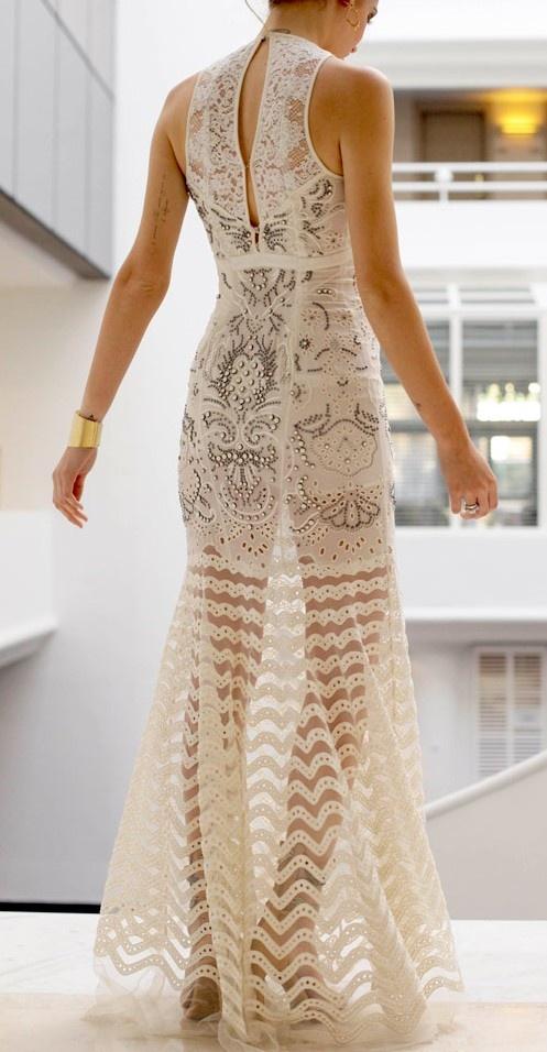 Dam! Gorgeous gown