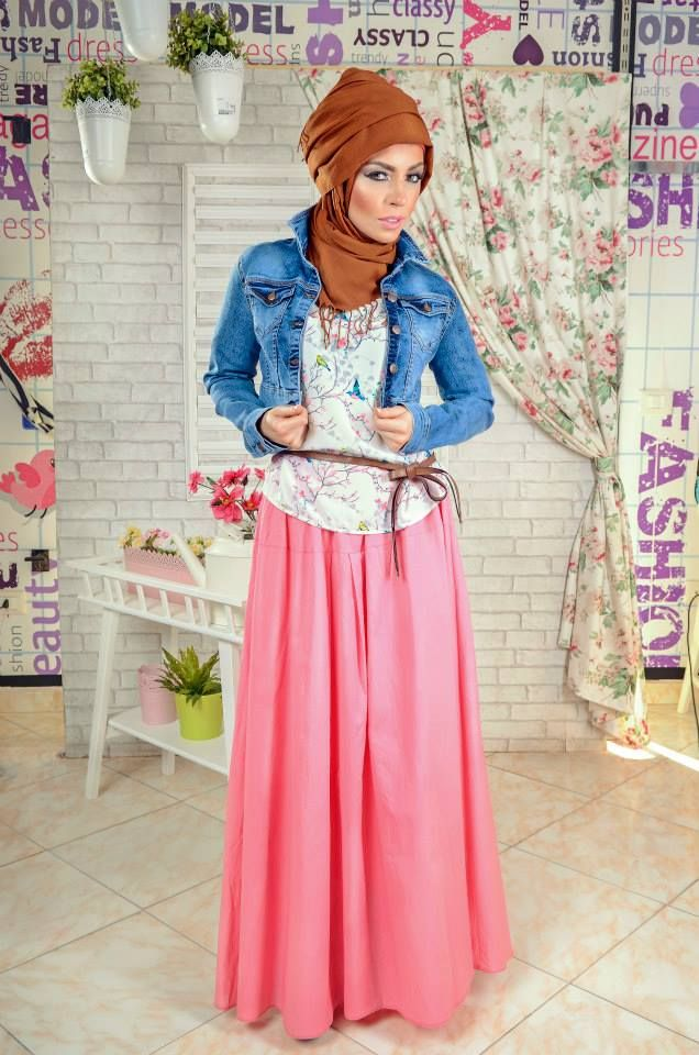 hijab look denim jacket, pink coral maxi skirt, floral top  Casual hijab looks by 27dresses http://www.justtrendygirls.com/casual-hijab-looks-by-27dresses/