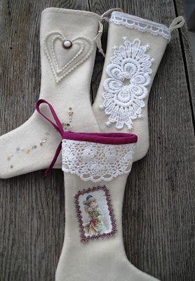 Moski: Stockings made from wool fabric - julestrømper laget av ull