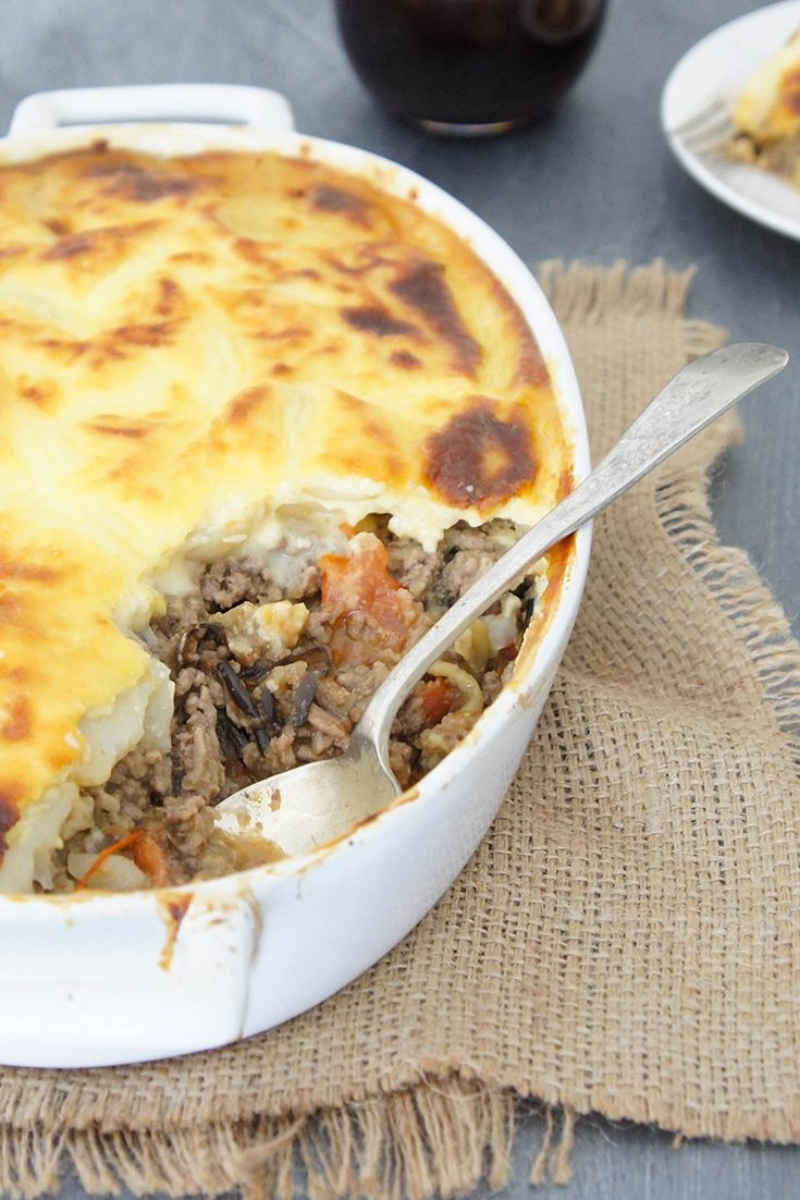 Mince' up your weeknight dinners with this delicious Moussaka by Melissa.