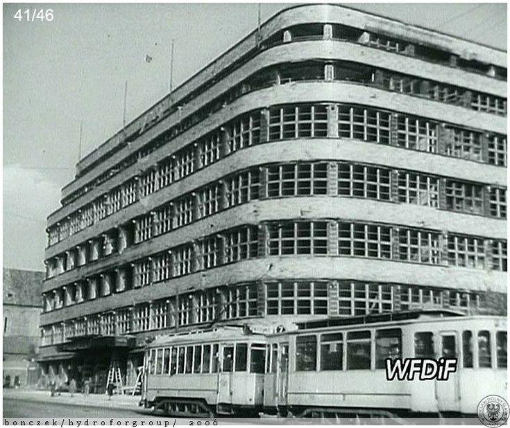 1946 r.