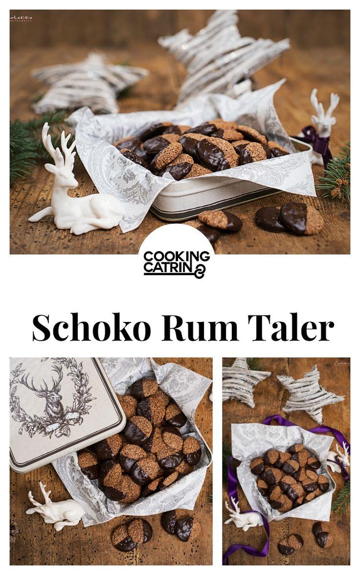 Schoko Rum Taler, Weihnachtskekse, Schoko Kekse, christmas cookies, chocolate cookies, Rum Kekse, rum cookies, christmas, Weihnachten, Dessert, Backen, baking...http://www.cookingcatrin.at/schoko-rum-thaler/