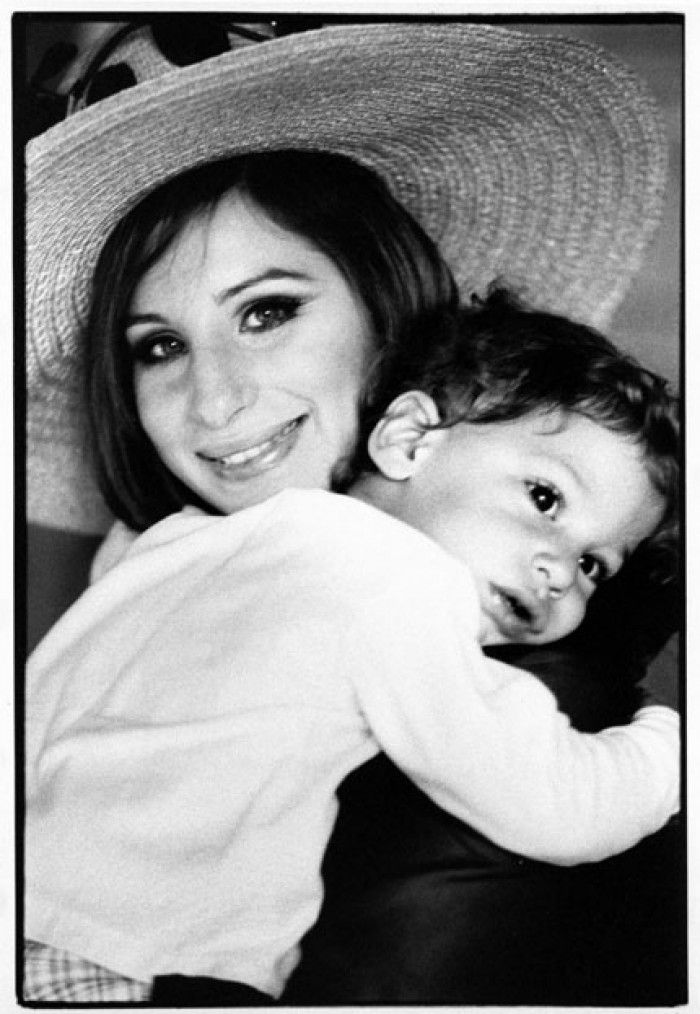 mothers day_Barbra Streisand (best actress, 1969, Funny Girl; best original song, 1977, A Star Is Born;) with her son, Jason Gould, in 1968 Picture by David Bailey