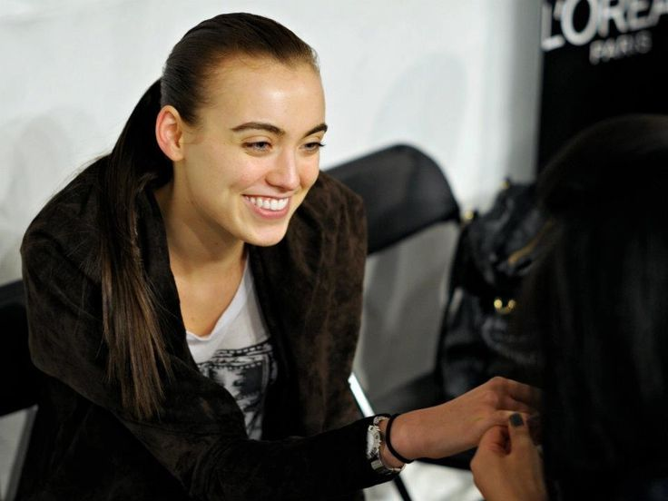 Madison getting her nails done backstage at fashion week.