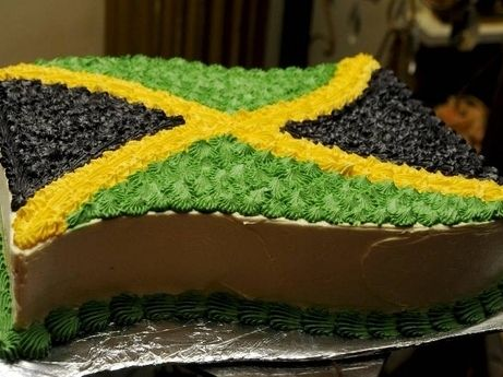 cake of jamaica flag | The cake decorated to replicate the Jamaican flag. - - Photo by ...