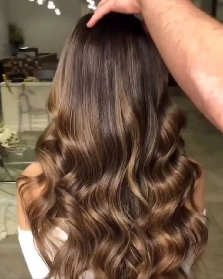 √52 Pretty Hair Color Ideas For Autumn to Upgrade Your Look #hairstyle #haircolor #hairideas #fall #autumn #women #fashion – JANDAJOSS.ME