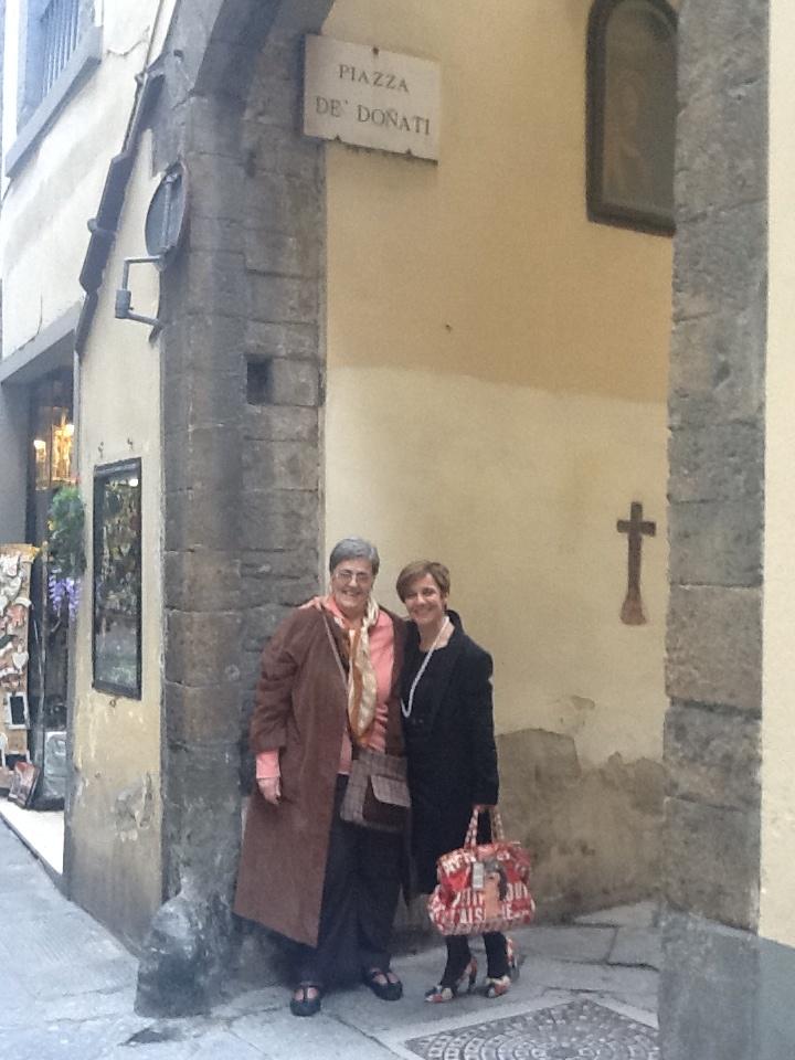 Due Donati in Piazza De' Donati a Firenze