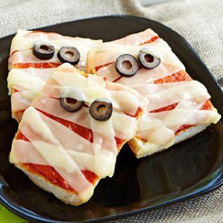Mummy mini pizzas | halloween | Pinterest | Pizza, Mini ...