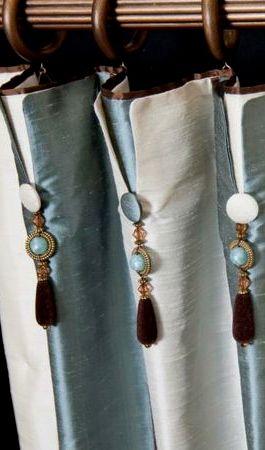 Architecture Decor | Curtains, Fabrics, Pillows & Rugs | Rosamaria G Frangini || Drapery details.