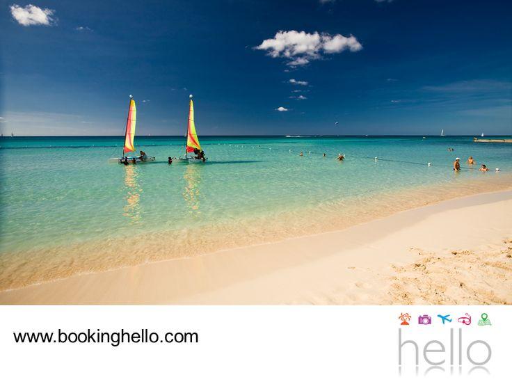 LGBT ALL INCLUSIVE AL CARIBE. Gracias a la tranquilidad de su oleaje y la claridad de sus aguas, las playas del Caribe dominicano son ideales para que tú y tu pareja, salgan a disfrutar de un paseo en kayak. Este recorrido les permitirá contemplar la belleza del paisaje y gozar de momentos de relajación. En Booking Hello les invitamos a adquirir su pack all inclusive en nuestra página en internet www.bookinghello.com, para vivir experiencias únicas durante su viaje.