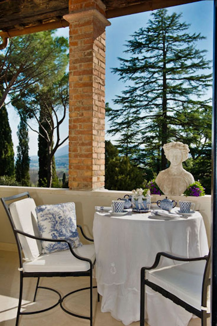 #Villa #Avorio. #Luxury #villa #rental in #Italy, near #Siena and #Chiusi.  www.homeinitaly.com