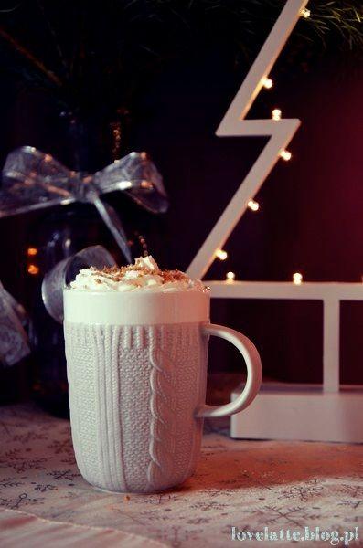 Pierniczkowa latte / gingerbread latte, przepis: http://lovelatte.blog.pl/2013/12/22/all-i-want-for-christmas-is-pierniczkowa-latte/