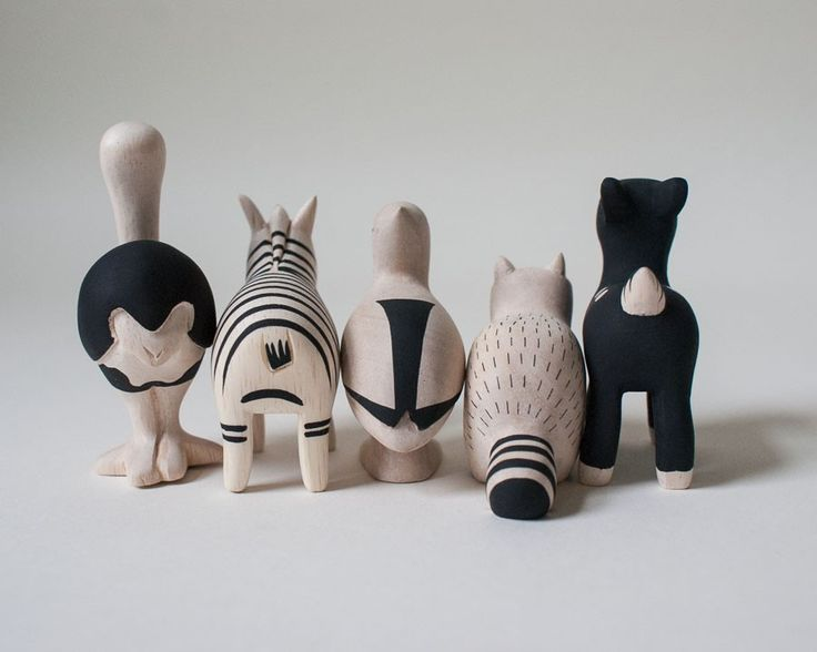 Hand chiseled wooden Polé Polé Animal collection   T-Lab