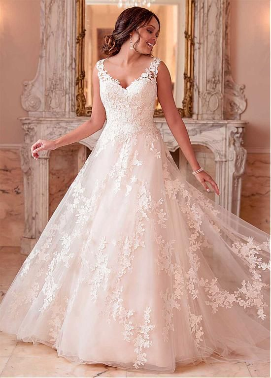 Magbridal Amazing Tulle V-neck Neckline Natural Waistline A-line Wedding Dress With Lace Appliques