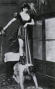Dominatrix and Slave : Weimar Berlin (1920s)