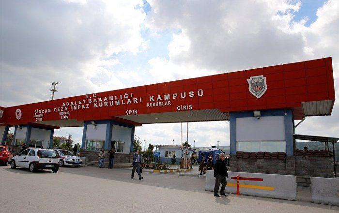 Sputnik Türkiye ///  'Akar'ı Gülen'le görüştürmek isteyen' Tuğgeneral Evrim: Darbe girişimi amatörce planlanmış