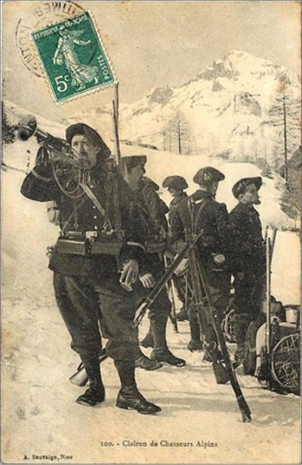 WW1 French postcard; Chasseurs-Alpins au clairon