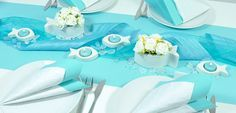 Moderne Tischdeko in Türkis mit Fischen zu Kommunion und Konfirmation bei Tischdeko-Shop.de