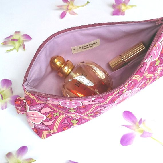 https://www.etsy.com/listing/252889047/floral-tiles-make-up-zipper-pouch?ref=shop_home_active_2