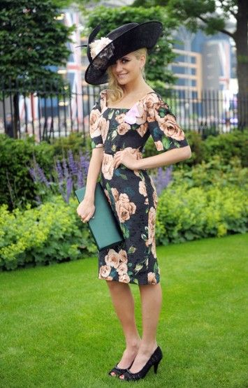 ROYAL ASCOT 2013 | Ladies' Day Fashions | 22-year-old Pixie Lott showed how to work age-appropriate Ascot glamour with an English garden colour scheme | Photo: PA