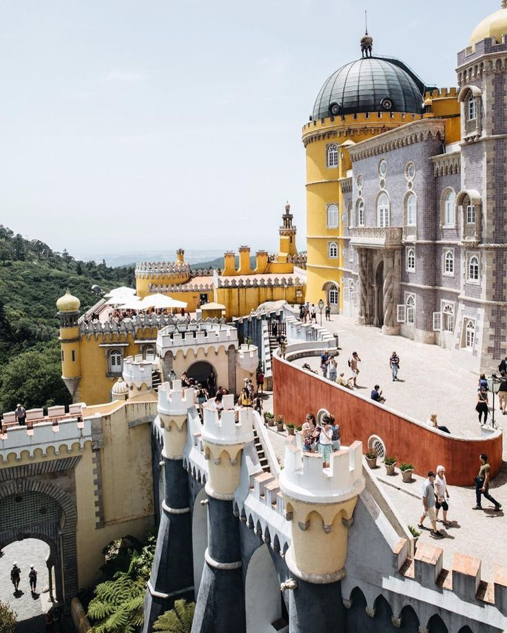 Pena Palace was more fabulous then I could ever have imagined. The inside has been preserved and presented so beautifully you honestly feel like you have stepped back in time. One of those pinch yourself travel moments.