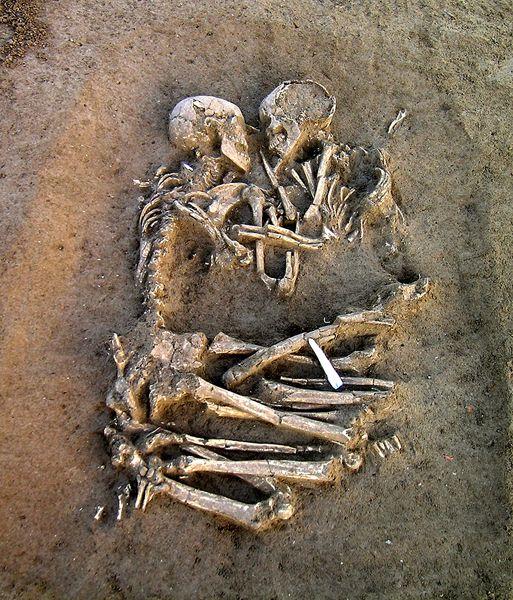 Embracing Skeletons #love