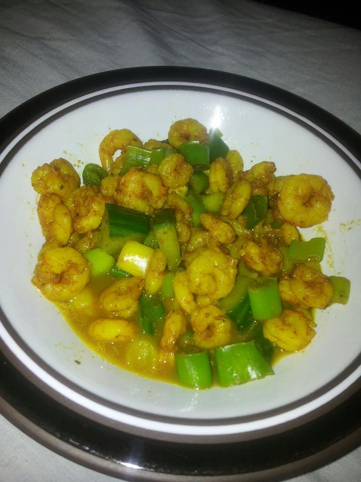 Prawn Curry with Spring Onion http://mydietjourney.co.uk/recipes/prawn-curry-with-spring-onion-200-calories-serves-1-2/