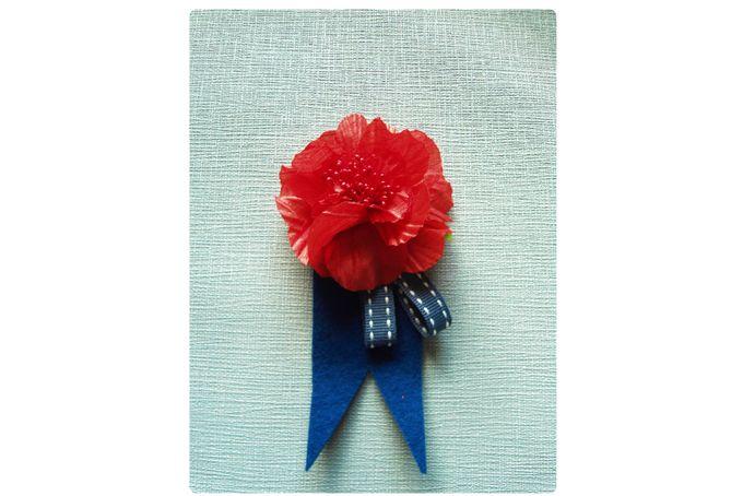 Flower Felt & Ribbon Boutonniere by Yellow Papaya on http://hellopretty.co.za