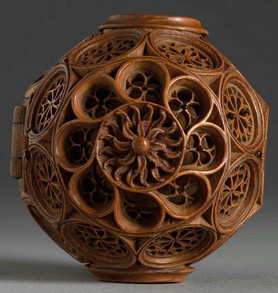 Миниатюрные алтари из самшита