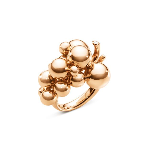 Golden grapes are the perfect scupltural shape for effortlessly elegant summer style. Georg Jensen Moonlight Grapes collection ring