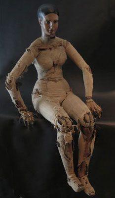 Covered artist mannequin by Rosenatti on Flickr.