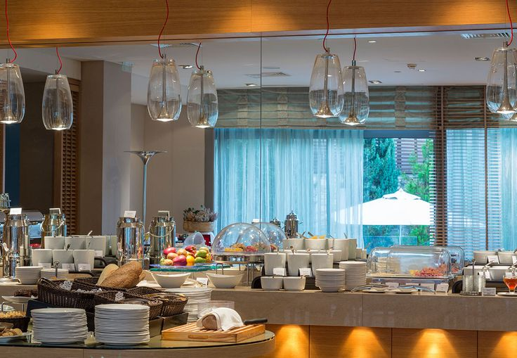 You missed breakfast? No worries, morning delights and more delicious dishes are served at the Vetri and Per Se restaurants of Galaxy Hotel Iraklio! Find the details here http://goo.gl/clH5OV. #Crete #visitgreece #holidays #breakfast #alldaymenu #Greece #kriti #Heraklion #Iraklio #cretan #creta #irakleio #GalaxyHotelIraklio #lifeincrete