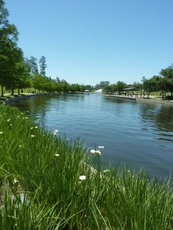 アメリカ / テキサス州ヒューストンにて。The Woodlands Waterway in Houston, Texas.