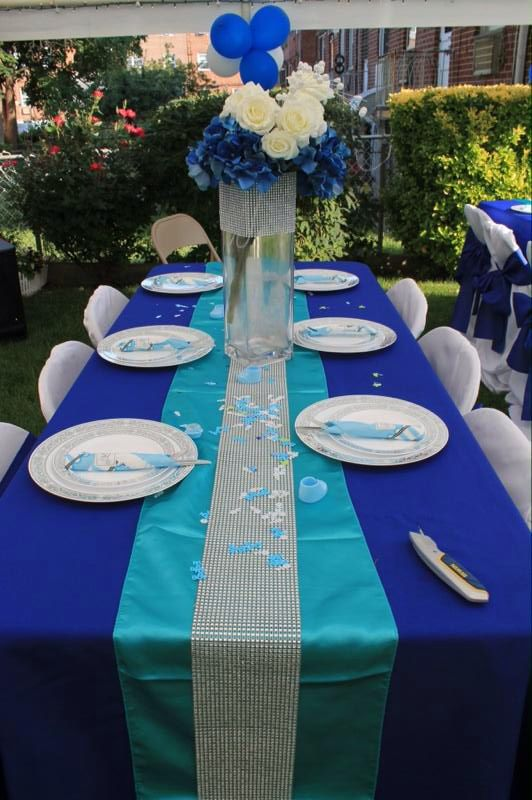 Royal Blue Table Cloth With Turquoise Runner Silver Rhinestone Roll