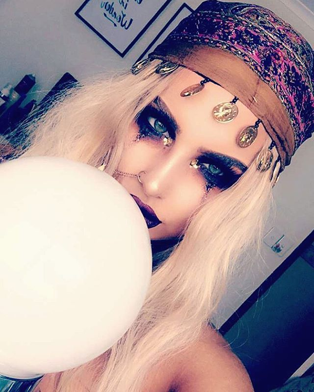 WEBSTA @ bybrookelle - Enchanting Gypsy/Fortune Teller for Halloween directly from snapchat (bybrookelle) More photos to come...✌️