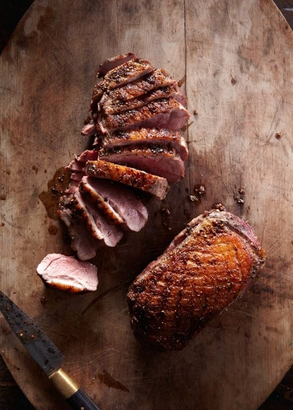 Peppery duck breast (with parsley salad)