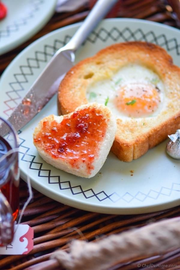 Egg Heart Toast. An adorable Valentines Day breakfast!
