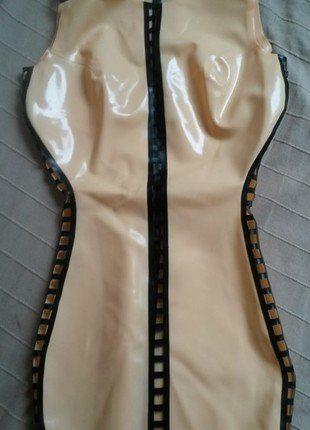 Kup mój przedmiot na #vintedpl http://www.vinted.pl/damska-odziez/krotkie-sukienki/16847679-lateks-latex-sukienka-xs-xxs-biust-c-d-obcisla-krotka-mini-sexy-zip-nude-cielista-bez-czarna