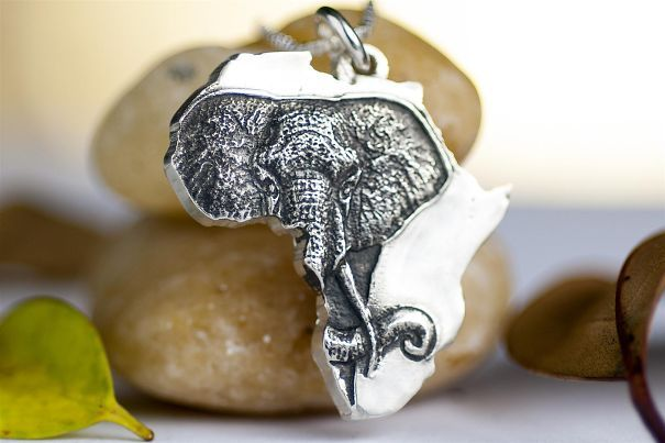 These cute and fun elephant-themed items are great gift ideas for anyone who loves elephants. They're the largest land animals in the world and have close family and social structures, so what's not to love? Today, September 22nd, is National Elephant Appreciation Day in the U.S., so be sure to read up on some of the world's foremost elephantconservation organizations. Consider supporting them or spreading the word about their efforts to protect these majestic creatures!
