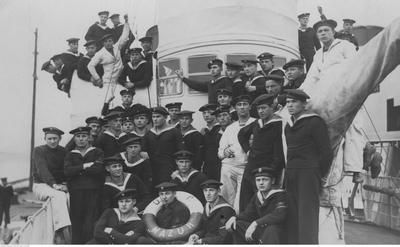 Crew of ORP Mazur. Photograph taken between 1922 and 1931.