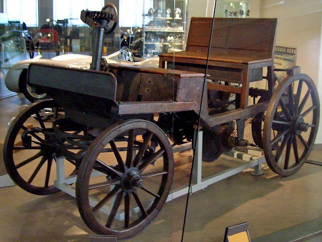 Avusturya'nın ilk otomobili Marcus-Wagen - 1888 - (Viyana Teknik Müzesi, Avusturya)