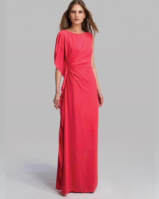 Pin for Later: 24 robes d'été pour les mamans de la mariée ! Robe longue Halston Heritage Asymmetric Sleeve Tiered Flounce Detail (365,39 €)