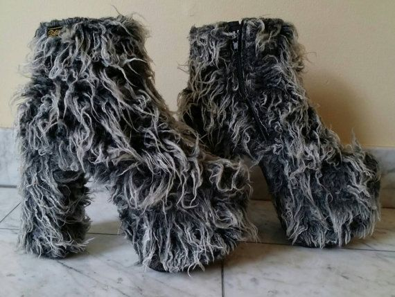 The best things in the world collided when Buffalo made these INSANE ultra shaggy faux fur heels. Often imitated but never reproduced, Buffalo