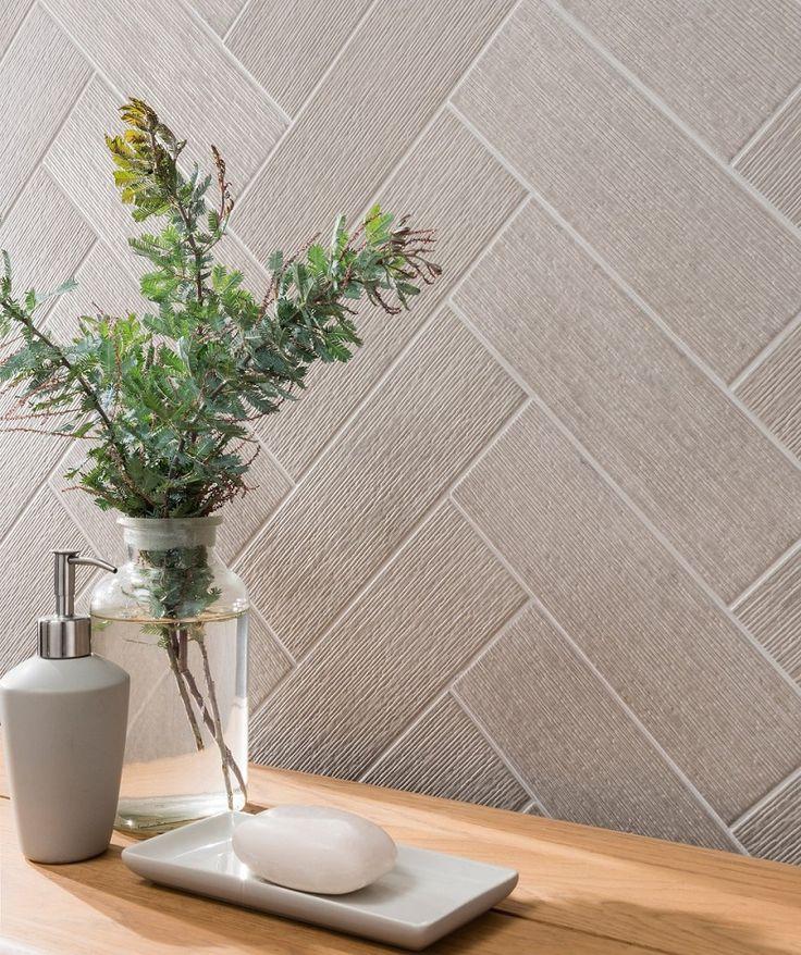 Touchline™ Silver Tile | Topps Tiles